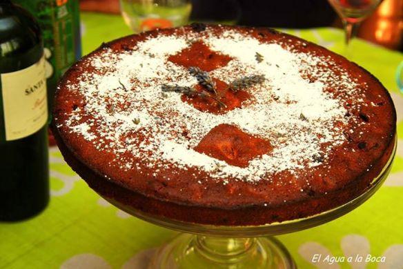 Queque de huesillos con lavanda y miel de Ulmo, gastronomia chilena, cocina chilena