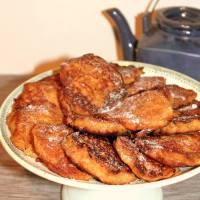 Buñuelos de pan, manzana y canela/ Beignets de pain, pommes et cannelle