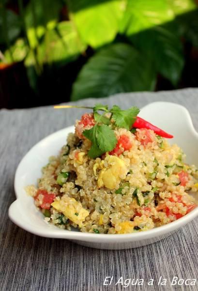 Ensalada fresca de Quinoa con pollo y pomelo/ Salade fraîche de Quinoa au poulet et au pamplemousse