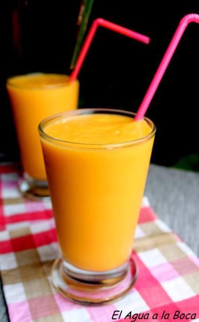 Lassi  de Mango, Bebida de la India, cocina de la India