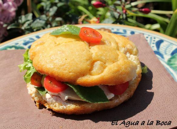 sandwich de cake de ananas y pollo